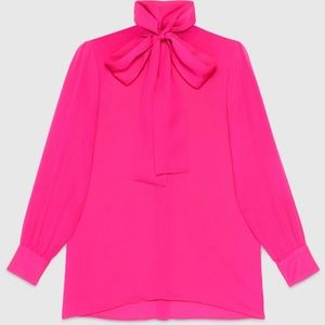 🎀 Kate Spade hot pink shirt with tie neck